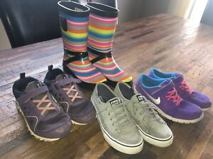 Girls shoes size 13-3