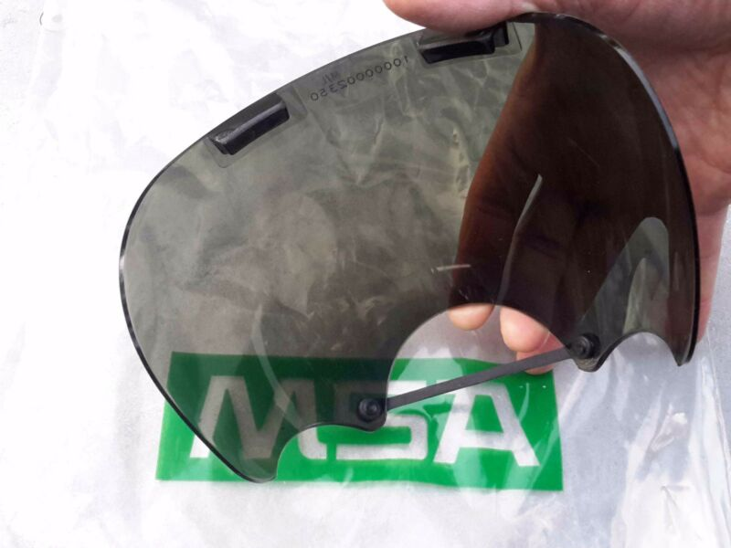 MSA Tinted/Smoke Lens Outsert -For Millennium CBRN Gas Mask, Size: M/L 10008908