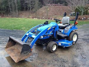 2010 New Holland T1030 Boomer 4x4
