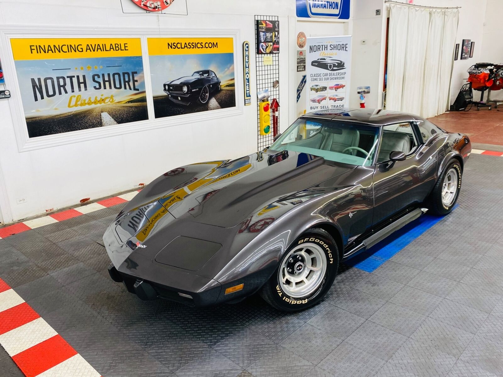 1977 Gray Chevrolet Corvette   | C3 Corvette Photo 1