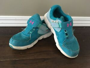 Girls size 10 Under Armour Runners