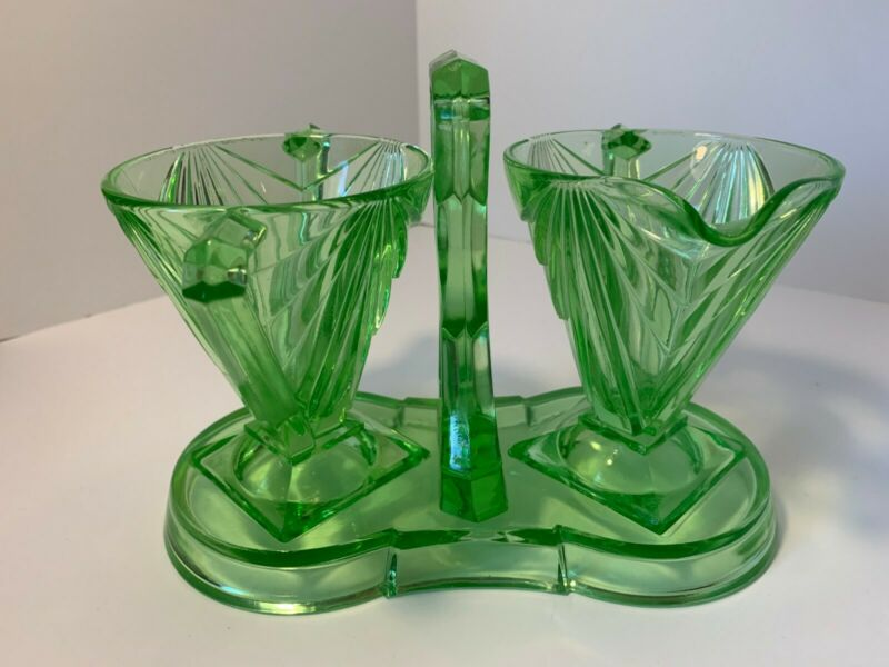 Indiana Green Depression Uranium Glass Cream & Sugar Bowl Set #610 Pyramid 1920s