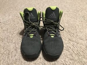 Size 6 Adidas Basketball Shoes, Excellent Condition