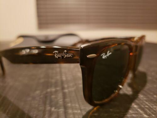 Ray-Ban Wayfarer Classic Tortoise Sunglasses 50mm RB2140 902