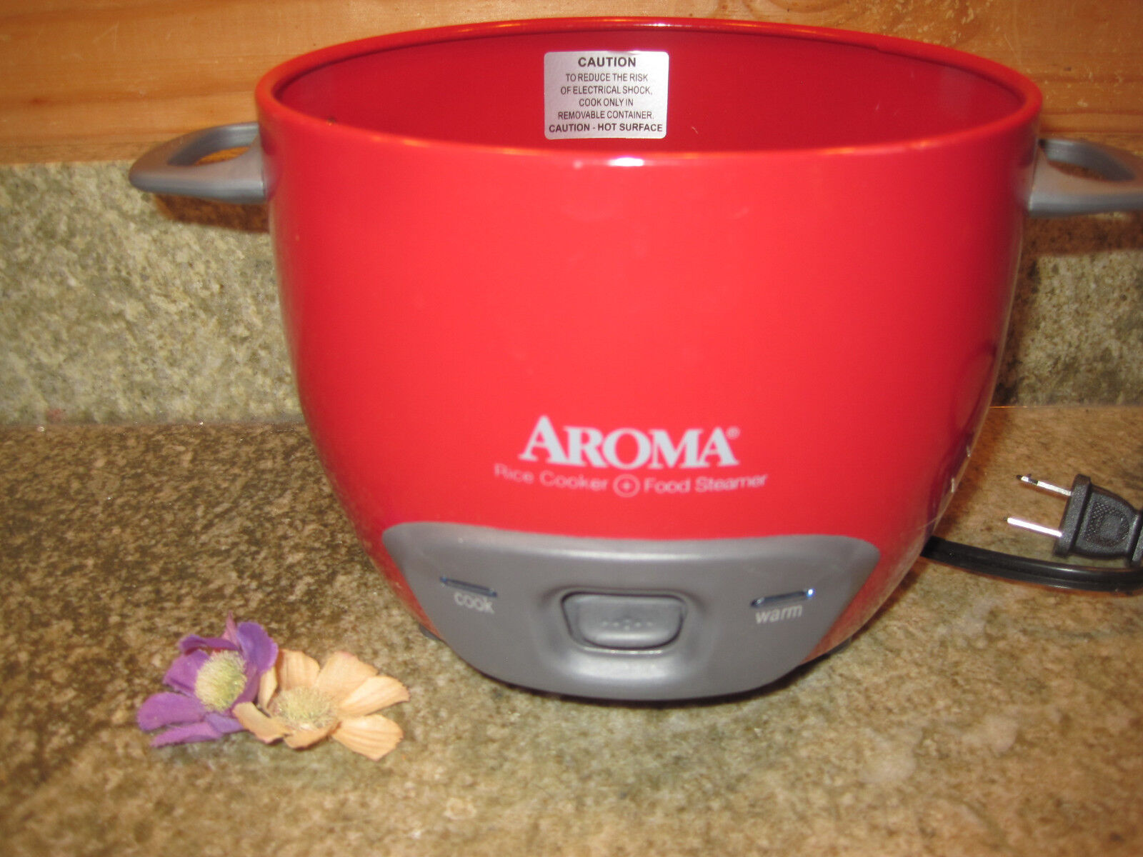 RED Aroma Rice Cooker and Food Steamer 2-6 Cups ARC-743-1NG