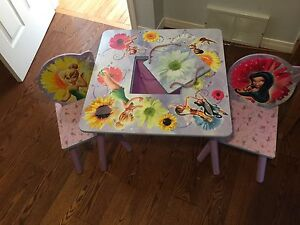 Delta Children - Disney Table and Chairs Srt
