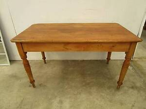 C49004 Charming Vintage Rustic Pine Kitchen Dining Table Unley Unley Area Preview