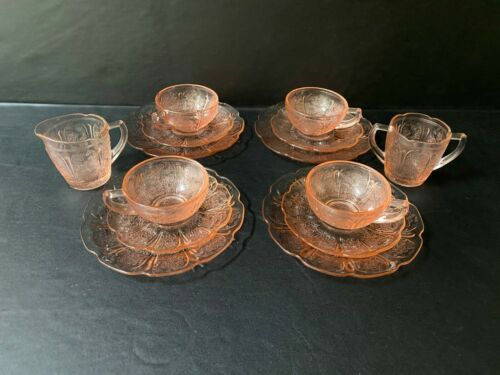 14 Piece Jeannette Depression Glass Child