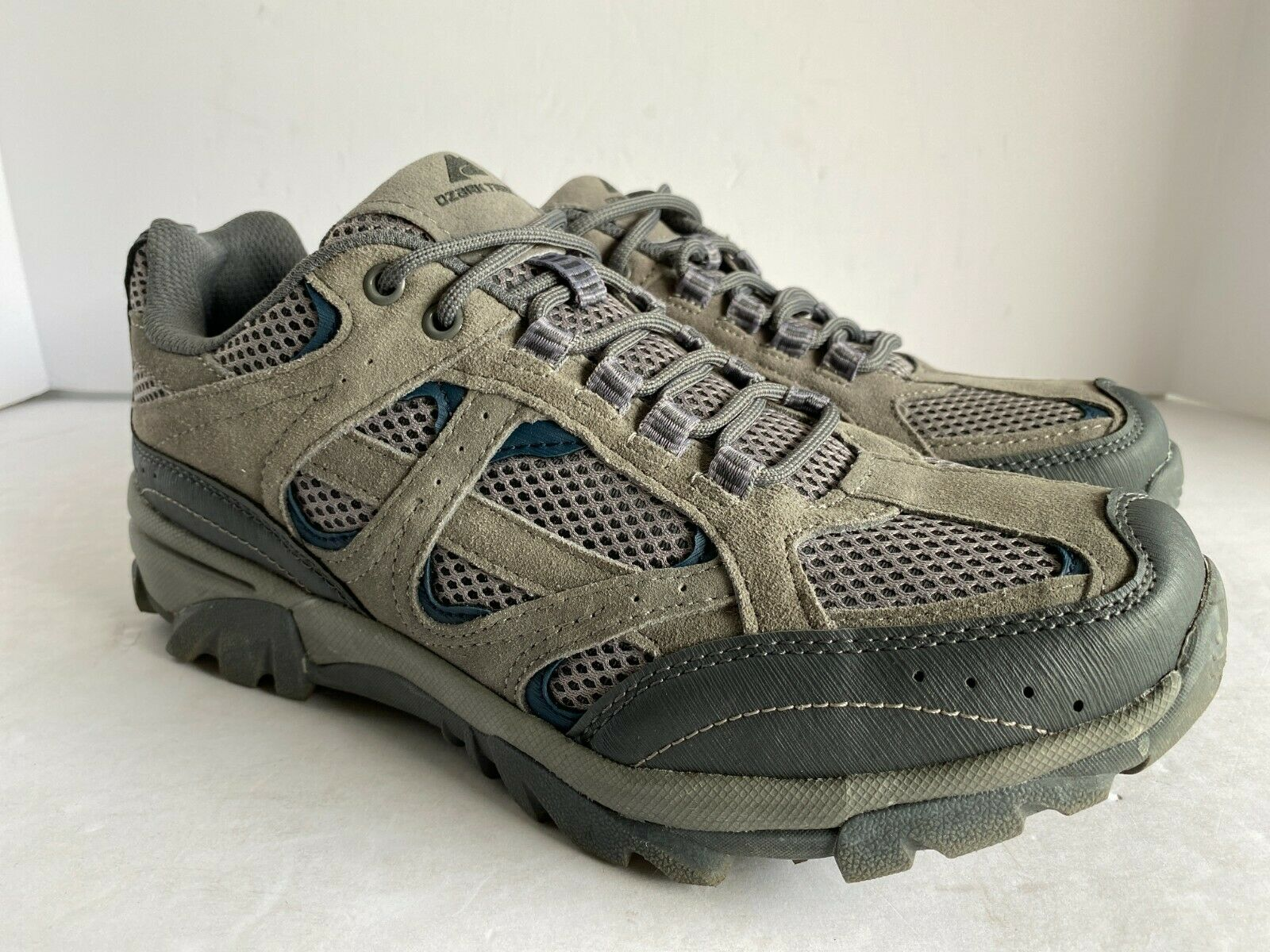 Size 9.5 Vented Low Hiking Shoes