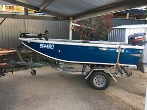 2004 Quintrex Hornet 3.9m 30hp Southport Gold Coast City Preview