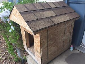 Dog House for Sale - Excellent Condition