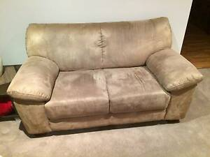 3 seater & 2 seater sofa/ lounge set. Murrumba Downs Pine Rivers Area Preview