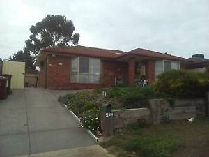 SEPARATE UNIT IN BACK SUB DIVISON ELECTRICITY AND OWN FACILITIES Meadow Heights Hume Area Preview