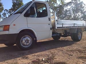 TRANSIT COMMERCIAL TRUCK MAKE AN OFFER in person! Cleveland Redland Area Preview
