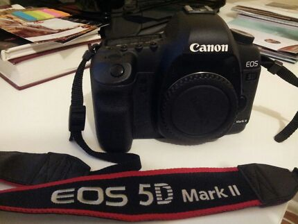 CANON 5D MARK II BODY ONLY - EXCELLENT CONDITION Fairfield West Fairfield Area Preview