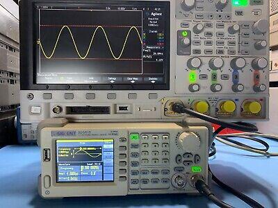 Siglent Sdg810830 30mhz Finction Arbitrary Waveform Generator Used Tested