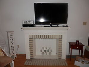 FIREPLACE SHABBY CHIC WITH CANDLE INSERT AND WOOD SCREEN