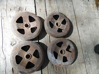 Vintage-antique-cast-iron-set-of-4-wheels-railroad-cart-wagon-hit-miss-engine