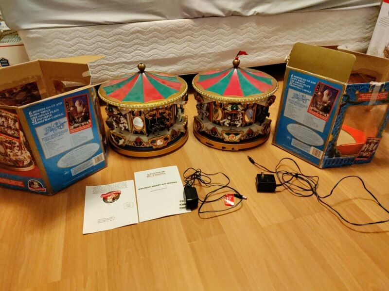 """Lot of 2 Holiday Merry Go Round """"UNTESTED"""""""