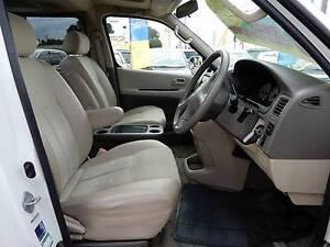 2001 Toyota Grand Hiace 3.4L 4WD (#7886)