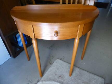 Noblett furniture semi circle hall table Adelaide Pick Up Netherby Mitcham Area Preview