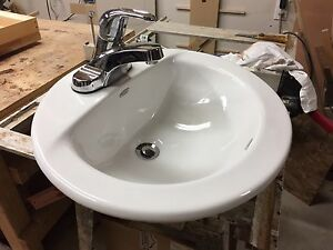 American standard bathroom sink and taps