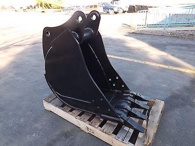 New 18 Heavy Duty Backhoe Bucket For A John Deere 310e