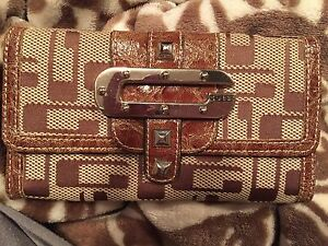 Guess wallet (Brown)