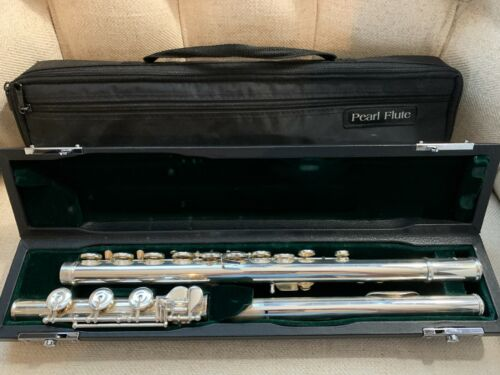 PEARL PF-765 SOLID SILVER FLUTE - EXCELLENT CONDITION! 2 cases + Paperwork!