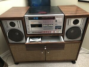 Vintage Stereo with Turntable