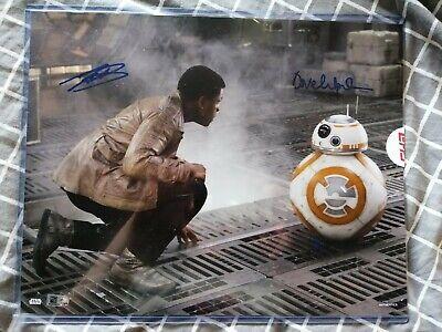 Star Wars Authentics 2020 11x14 Autograph FINN and BB-8