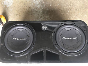 "12"" pioneer subs in bassworx box"
