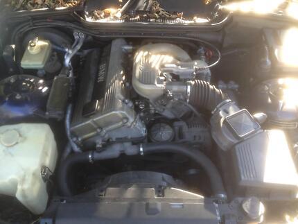BMW 1995 E36 4 cylinder twin-cam M42 engine