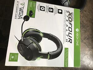 Turtle beach XO Four stealth - great condition gaming headset