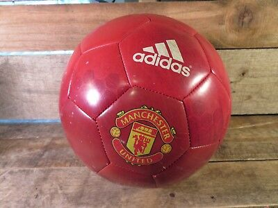 (ADIDAS Soccer Ball Manchester United Edition Red White Stripes Size 5)