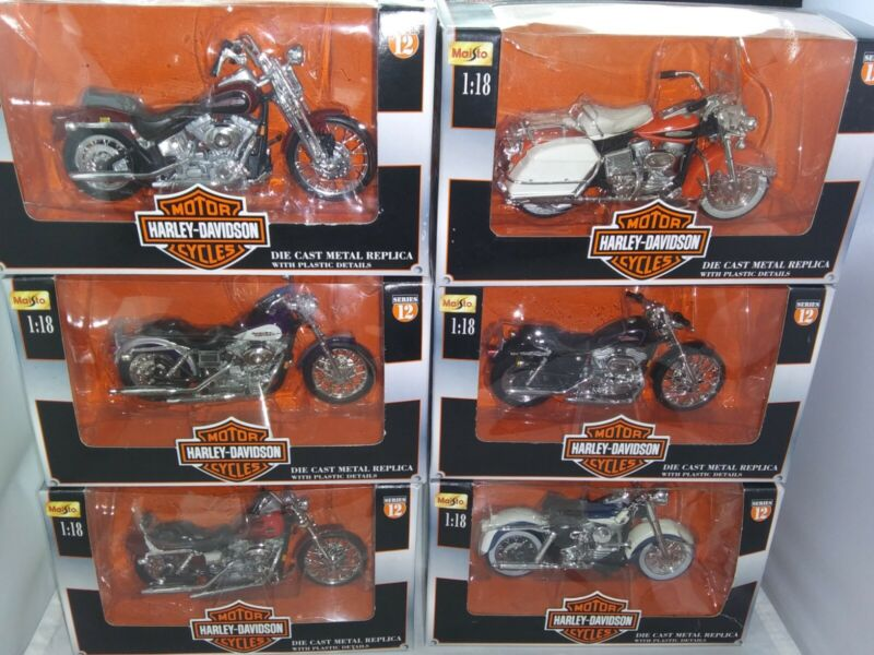 Vintage 2001 Harley Davidson Series 12, set of 6 Die Cast Motorcycles 1:18