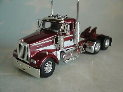 DCP BURGUNDY/WHITE KENWORTH W900L DAY CAB ONLY 1/64 60-0635 C