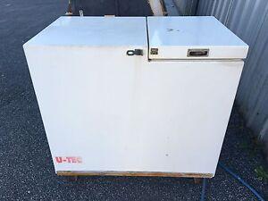 U-TEC Freezer 2 cartons Munster Cockburn Area Preview