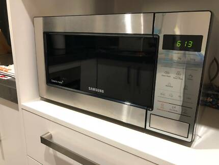 Samsung 23L 800W Stainless Steel Microwave - Available Jan