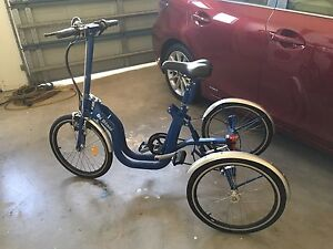 Tricycle (folds up) Cleveland Redland Area Preview
