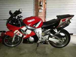 IMMACULATE SHOWROOM CONDITION YZF R6 Singleton Heights Singleton Area Preview