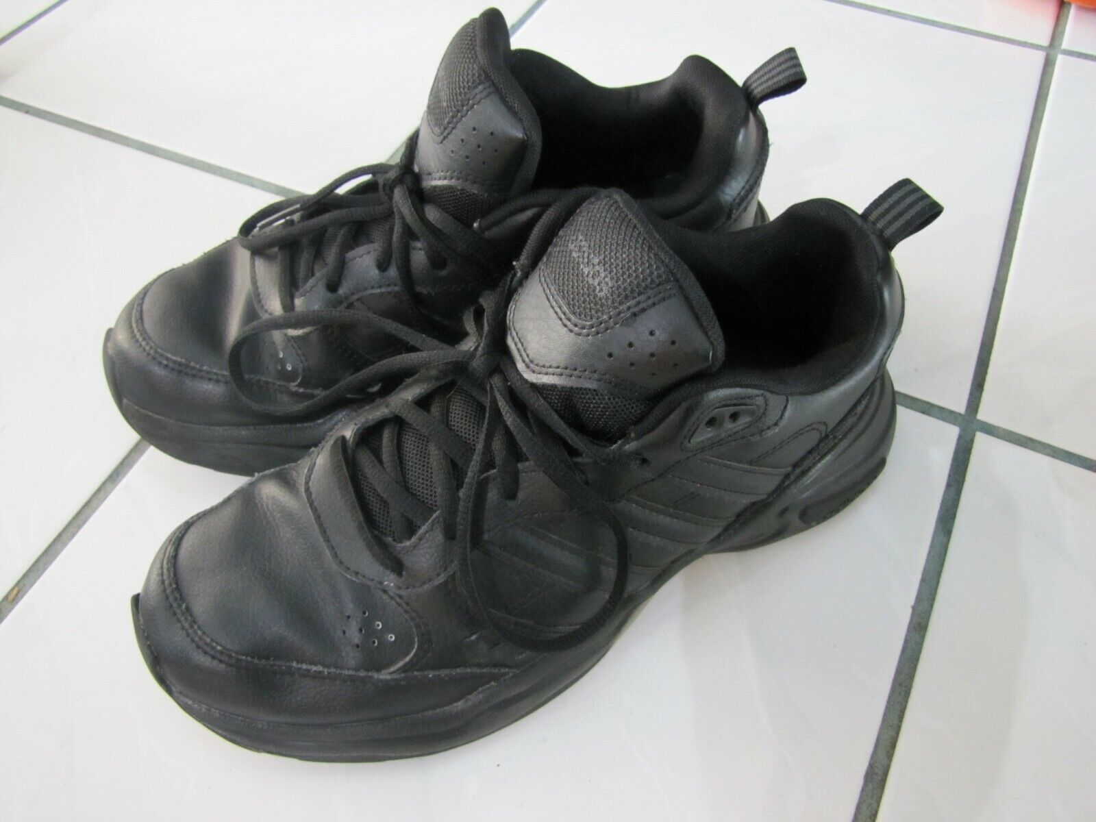 Mens Adidas Running Sneakers Black Lace up Shoes Size 8