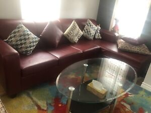 Sectional sofa 2 pieces 2  leather Cousion,s includes
