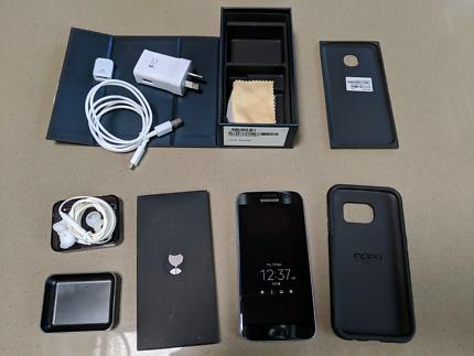 Samsung Galaxy S7 32gb - Mint cond w box + Case BLACK