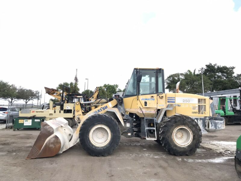 2004 Komatsu Wa250-5l Enclosed Cab Wheel Loader