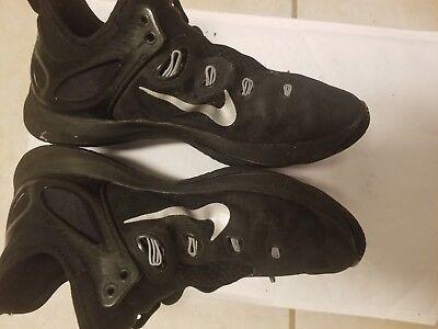 7d04ebc28725d Women s Nike Low-Cut Basketball Shoes -- Size 8.5