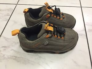 Kid's Merrell hiking shoes , size 11