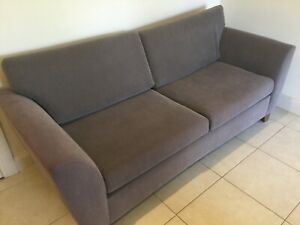 **BARGAIN** Solid Clean Sofa Bed/Lounge