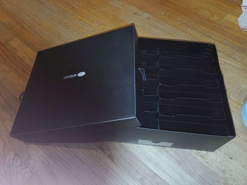 CREATIVE MEMORIES XL Power Sort Box holds up to 2400 photo storage New