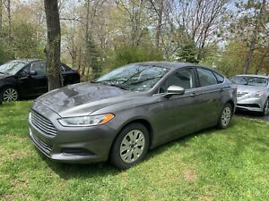 2014 fusion low kms ....only 5500